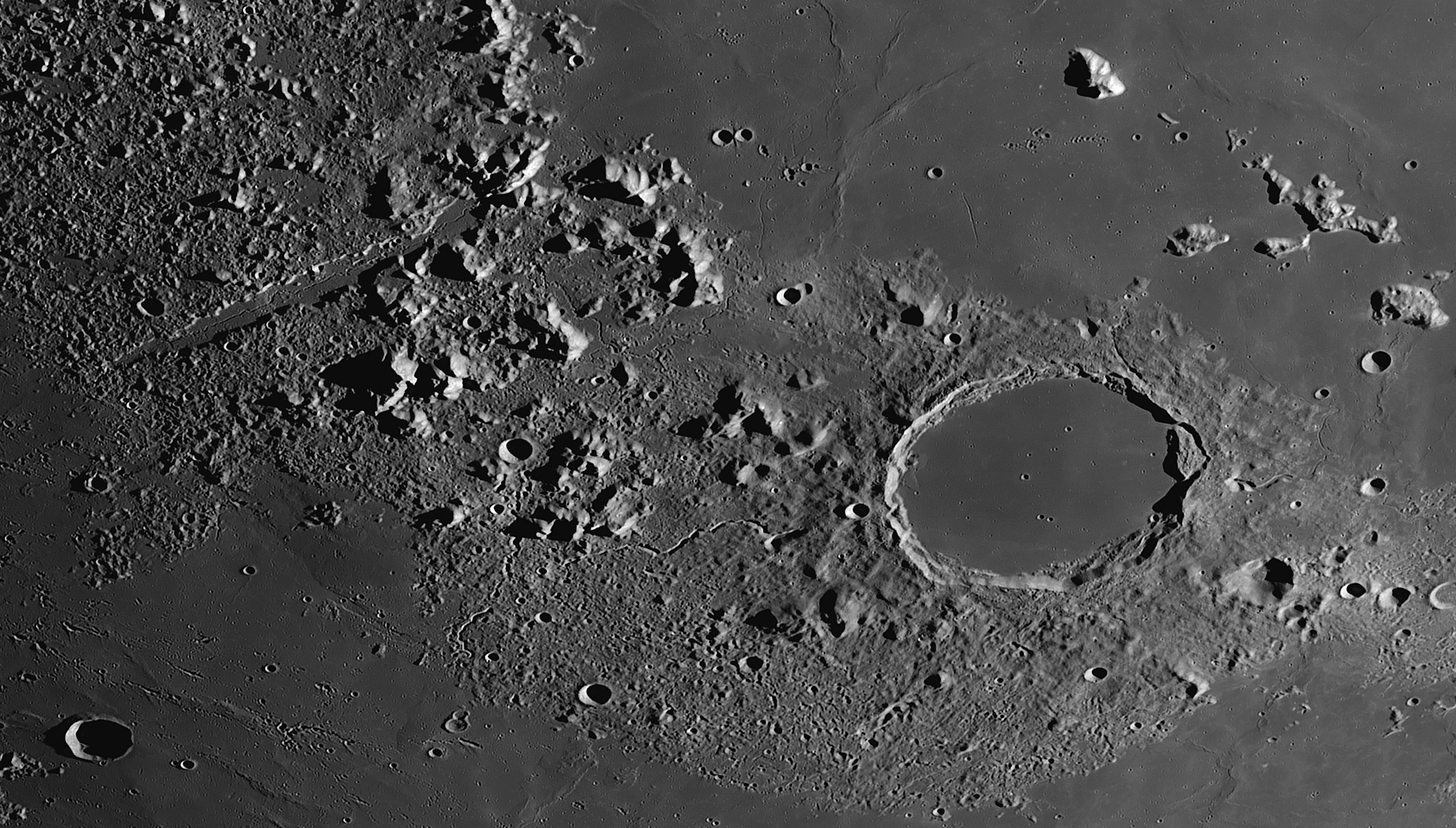 http://www.astrophoto.fr/l160824-100-crop-platon.jpg